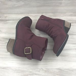 Bucco burgundy ankle boots size 6